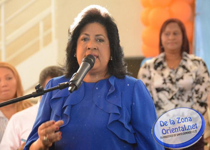 DELAZONAORIENTAL.NET Diversos actos ha programado el Partido de la Liberación Dominicana (PLD) para celebrar El Día de la Confraternidad Peledeísta en la fecha del aniversario del nacimiento del líder histórico […]