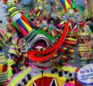 """REDACCIÓN DELAZONAORIENTAL.NET Santo Domingo.- La comparsa """"Raíces Africanas"""", del Distrito Nacional, resultó ganadora del Gran Premio de la Muestra Nacional de Carnaval Infantil, organizada por el Ministerio de Cultura y […]"""