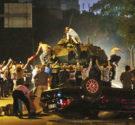 REDACCIÓN DELAZONAORIENTAL.NET La intentona golpista contra el presidente de Turquía, Recep Tayyip Erdogan, no ha sido aplastada del todo, afirmó este sábado el ministro de Defensa, Fikri Isik, quien añadió […]