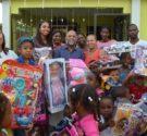 REDACCIÓN DELAZONAORIENTAL.NET El Diputado Profesor Eduardo Hidalgo realizó su tradicional entrega de juguetes a niños de escasos recursos de las comunidades de la Circunscripción No. 3 de la provincia Santo […]