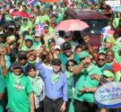 """REDACCIÓN DELAZONAORIENTAL.NET Santo Domingo-El ex diputado y dirigente político Manuel Jimenez se sumó este domingo a la marcha realizada por varias organizaciones denominada """"Fin de la Impunidad"""" y saludó la […]"""