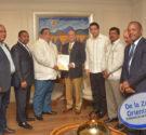 REDACCIÓN DELAZONAORIENTAL.NET Delegación de alcaldes del Gran Santo Domingo encabezada por el Presidente de la Federación Dominicana de Municipios (FEDOMU) y alcalde de Azua, Rafael Hidalgo, fueron recibidos por el […]