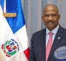 REDACCIÓN DELAZONAORIENTAL.NET Santo Domingo Este-El alcalde Alfredo Martinez celebra hoy 27 de abril un año más de vida por lo que el periódico Delazonaoriental.net se une a los buenos deseos […]