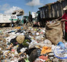 REDACCIÓN DELAZONAORIENTAL.NET Santo Domingo.- Los Ministerios de Medio Ambiente y de Salud señalaron los problemas de contaminación del suelo, agua, aire y salubridad que enfrenta la población del Gran Santo […]