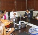 REDACCIÓN DELAZONAORIENTAL.NET El alcalde de Santo Domingo Este, Alfredo Martínez, reunió este lunes el Comité Municipal de Mitigación y Desastres del municipio para dar seguimiento a la trayectoria del huracán […]